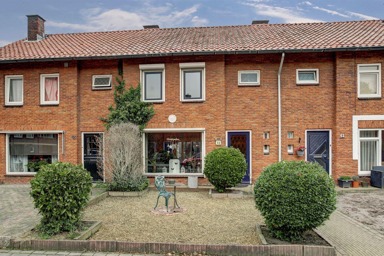Bekijk foto 1 van Willem Kloosstraat 43