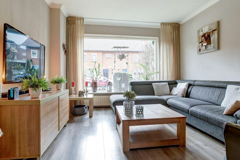 Bekijk foto 3 van Willem Kloosstraat 43