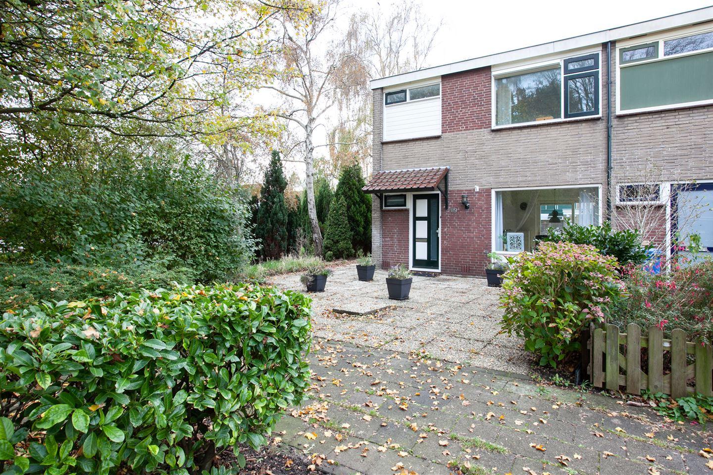Bekijk foto 2 van Mendelstraat 89