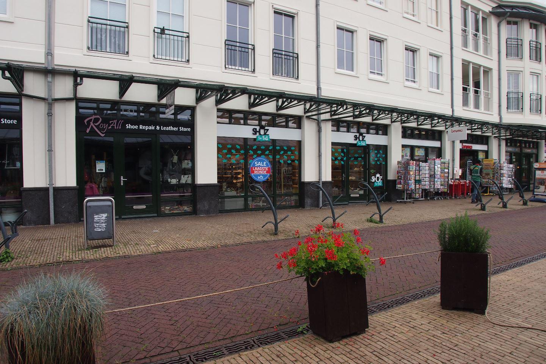 Bekijk foto 3 van Van Hogendorpstraat 133