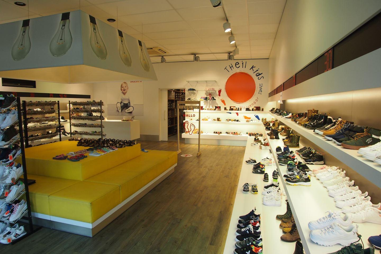 Bekijk foto 5 van Van Hogendorpstraat 133