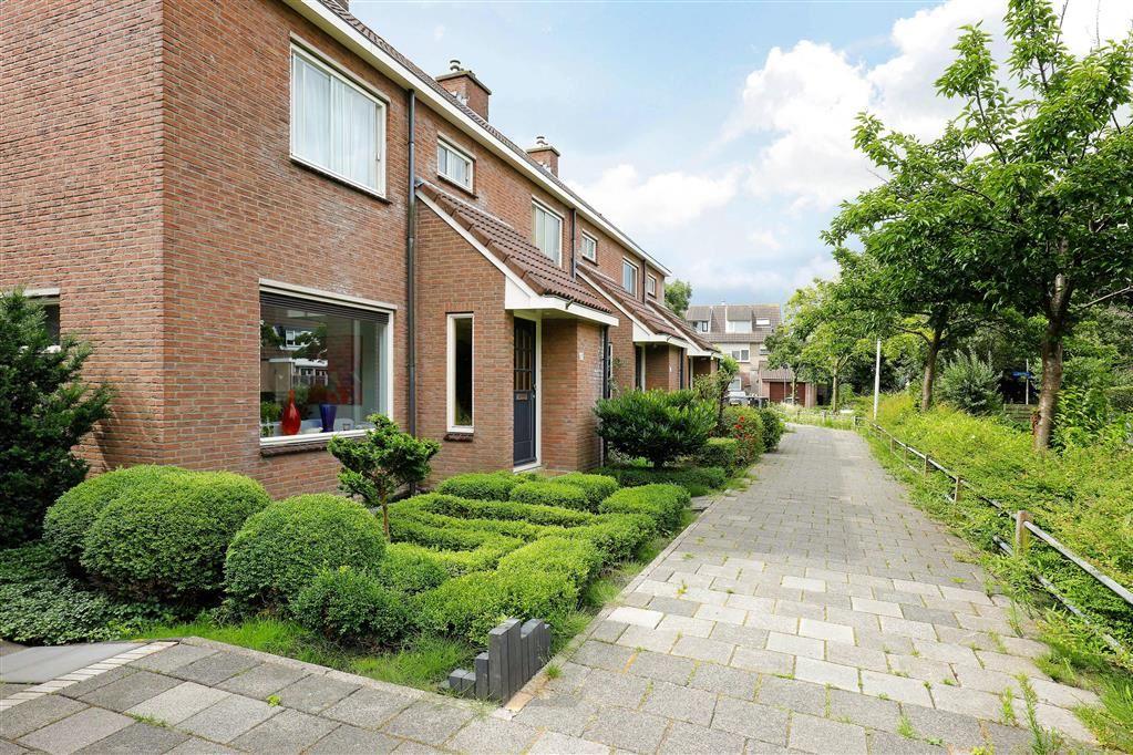 Bekijk foto 2 van Willem Elsschotsingel 47