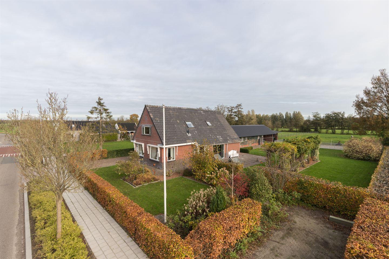Bekijk foto 1 van Lutjegasterweg 48