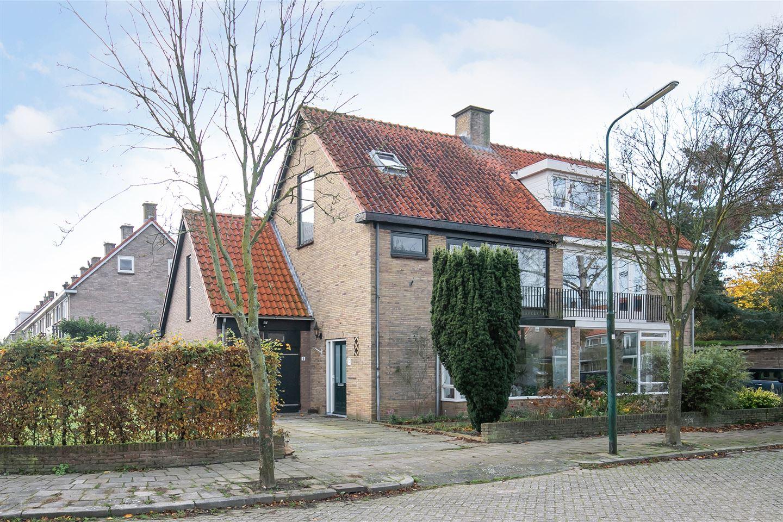Bekijk foto 1 van Jan Oostendorpstraat 1
