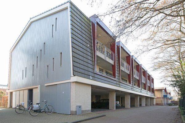 Bekijk foto 2 van Binnenhof 18