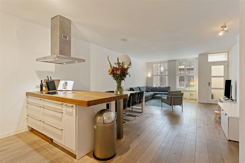 Bekijk foto 1 van Govert Flinckstraat 202 -huis