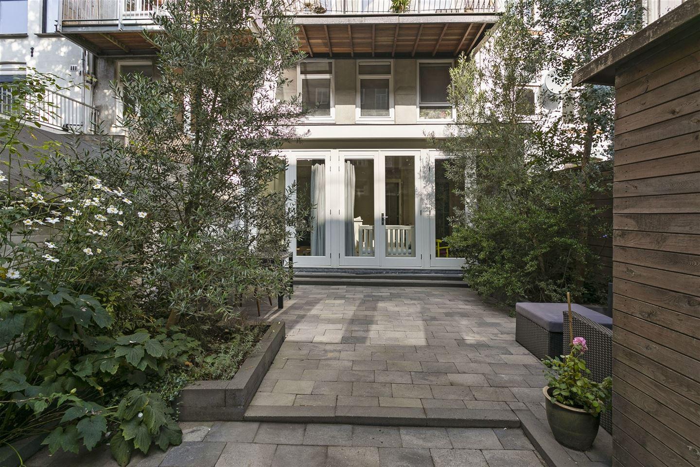 Bekijk foto 2 van Govert Flinckstraat 202 -huis