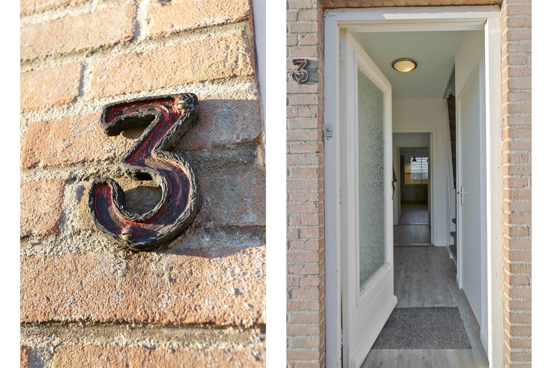 Bekijk foto 2 van Van Karnebeekstraat 3