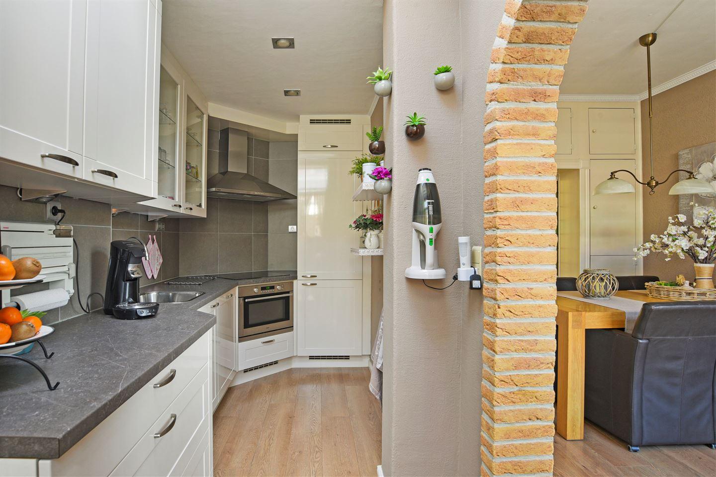 Bekijk foto 4 van Van Blanckenburgstraat 68