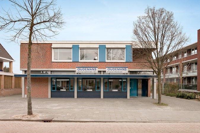 Bekijk foto 2 van Baarzenstraat 47