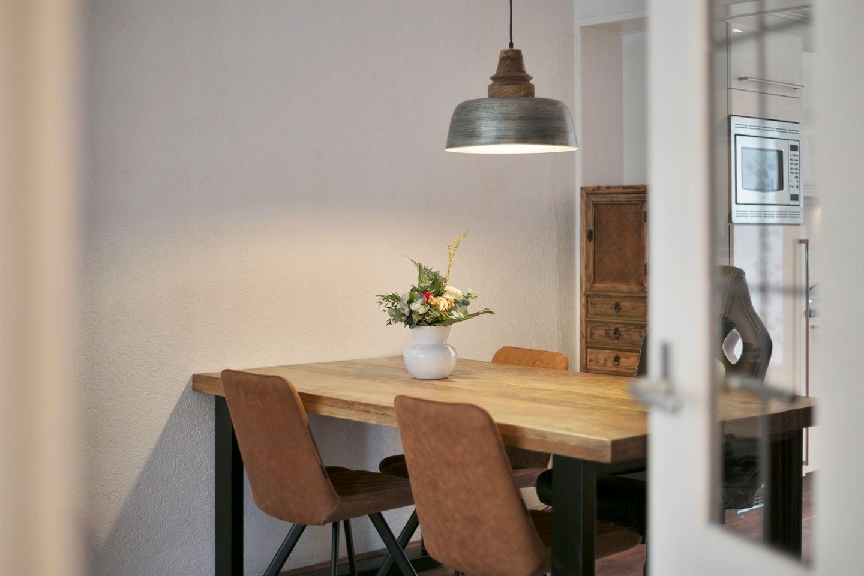 Bekijk foto 2 van Vermeerstraat 33