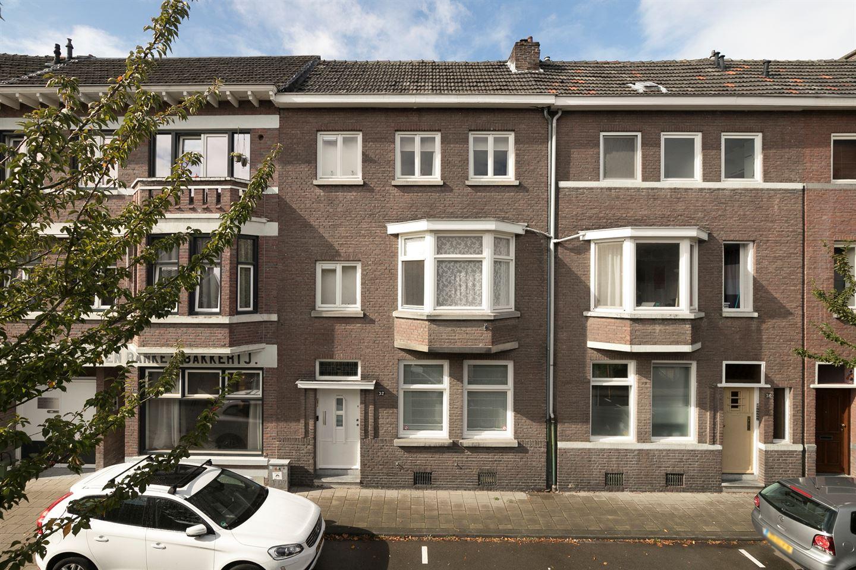 Bekijk foto 1 van Sint Nicolaasstraat 32