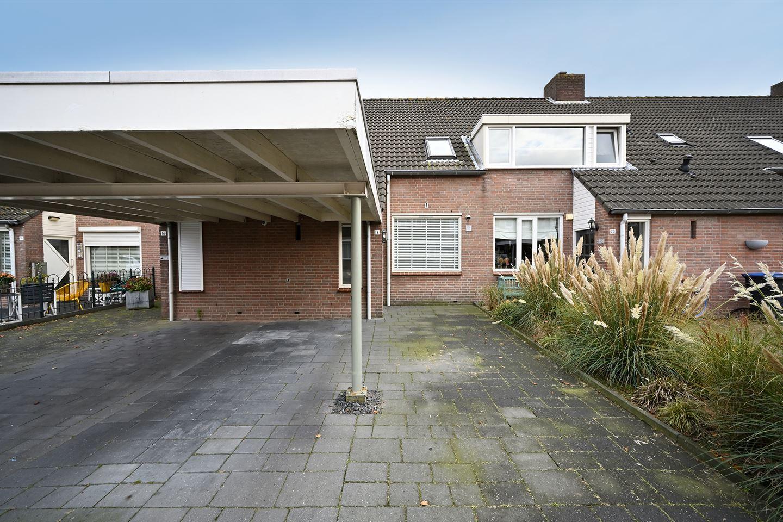 Bekijk foto 2 van Dirkslandstraat 18