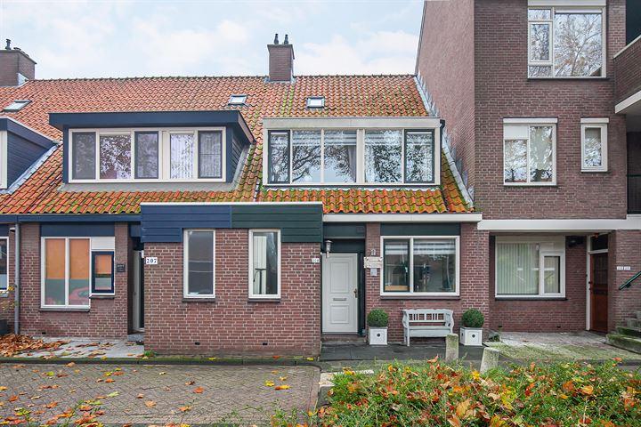 Libelleveen 209