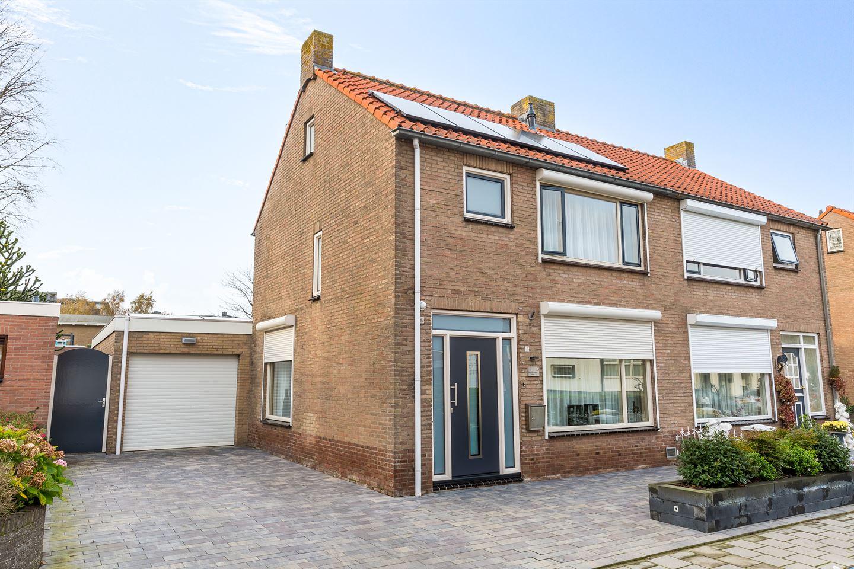 Bekijk foto 1 van Radermacherstraat 3