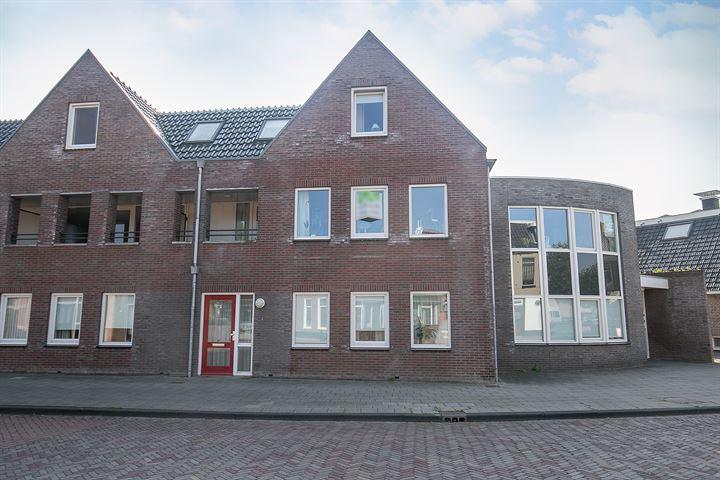 Kerkstraat 2