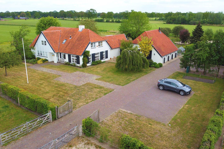 Bekijk foto 2 van Menopsweg 14