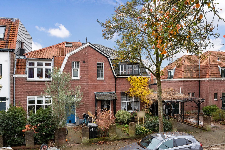 Bekijk foto 2 van Minister Elandstraat 8