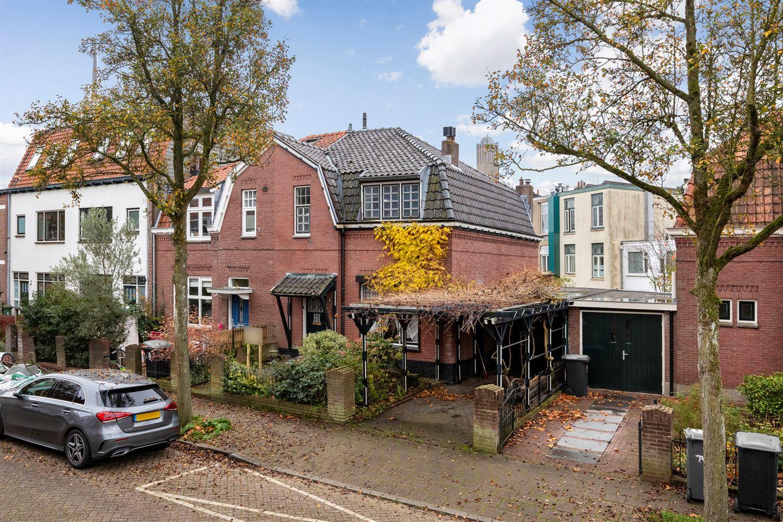 Bekijk foto 3 van Minister Elandstraat 8