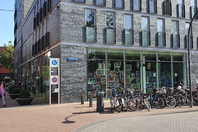 Bekijk foto 2 van Stationsplein 10