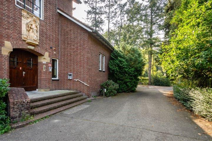 Bekijk foto 2 van Tilburgseweg 209