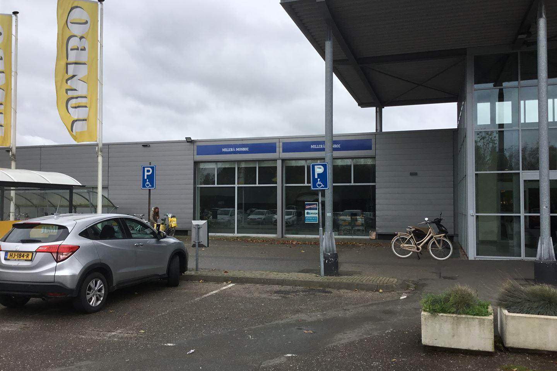 Bekijk foto 1 van Stationsplein 22
