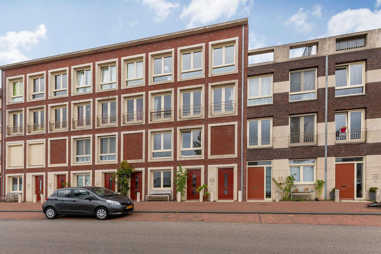 Bekijk foto 1 van Maashavenkade 203