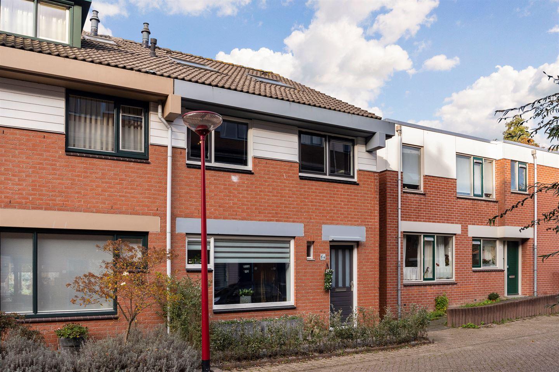 Bekijk foto 1 van Zwaardenburg 64