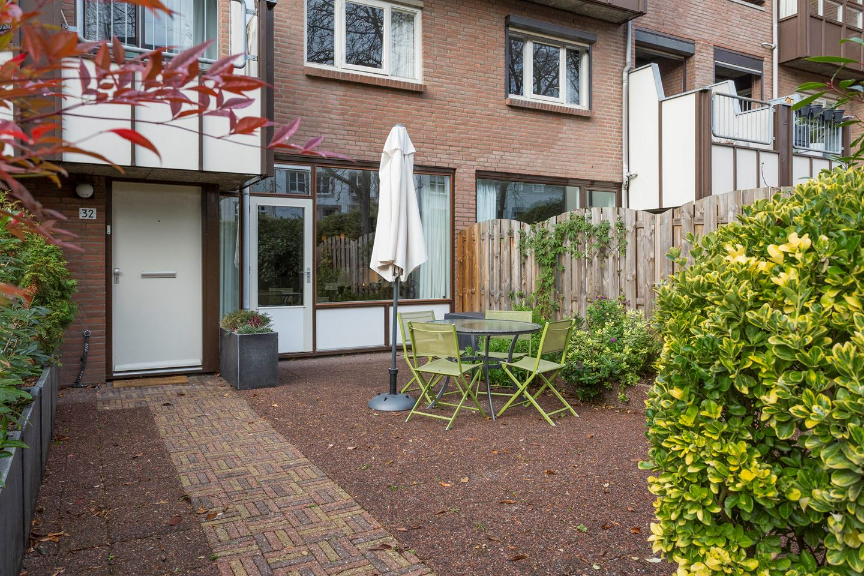 Bekijk foto 2 van Raamstraat 32