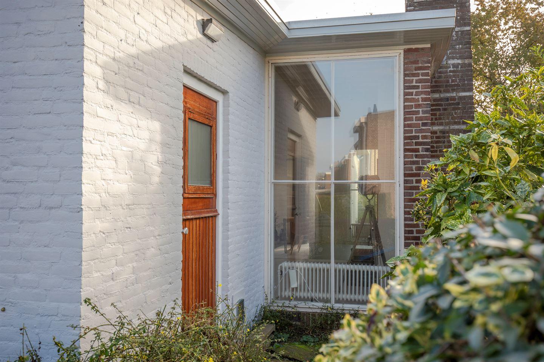 Bekijk foto 4 van Van Munsterstraat 23