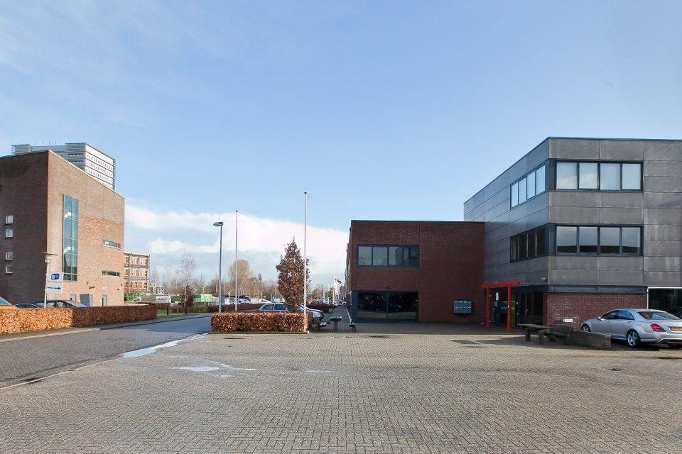 Bekijk foto 4 van Steenbokstraat 27