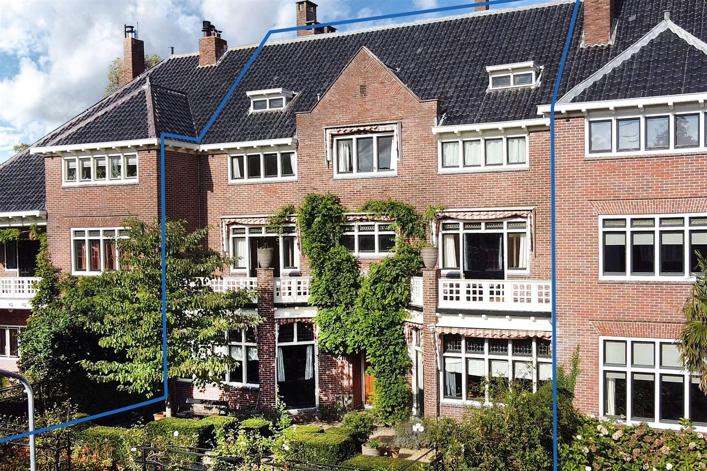 Bekijk foto 2 van Oosterhoutlaan 9