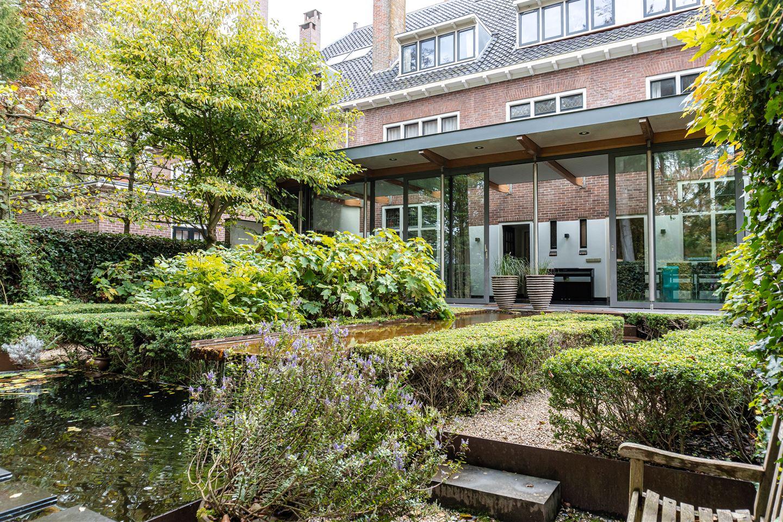 Bekijk foto 3 van Oosterhoutlaan 9