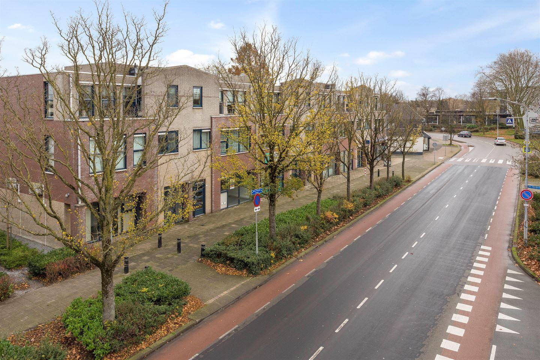 Bekijk foto 2 van Burgemeester Verkuijlstraat 59