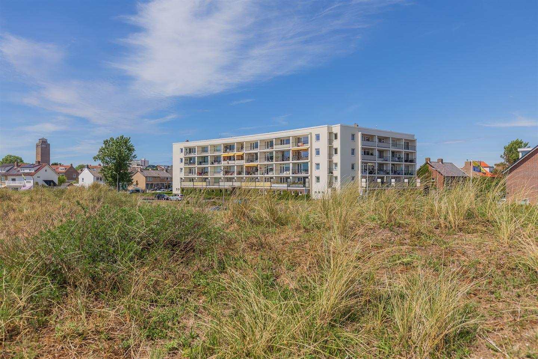 Bekijk foto 1 van Cort van der Lindenstraat 2 F21