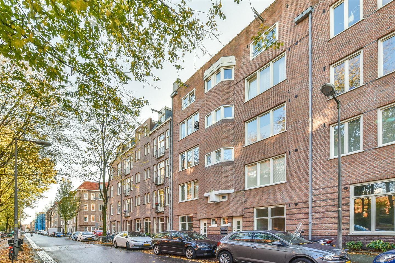 Bekijk foto 1 van Van Hogendorpstraat 887