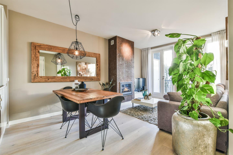 Bekijk foto 5 van Van Hogendorpstraat 887