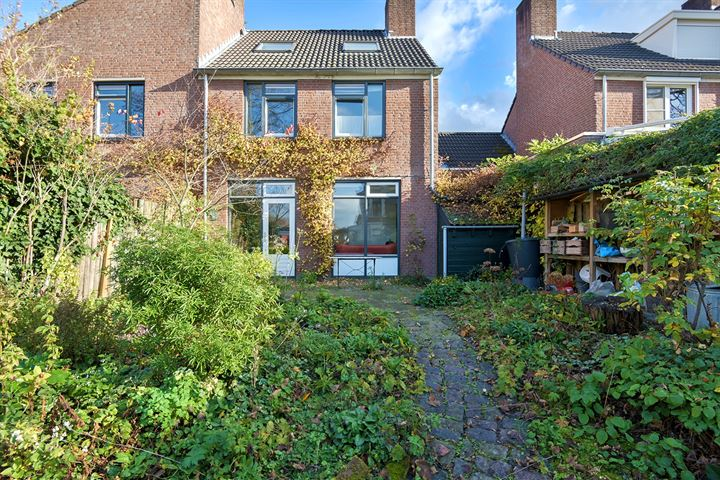 Cramer van Brienenstraat 1 f