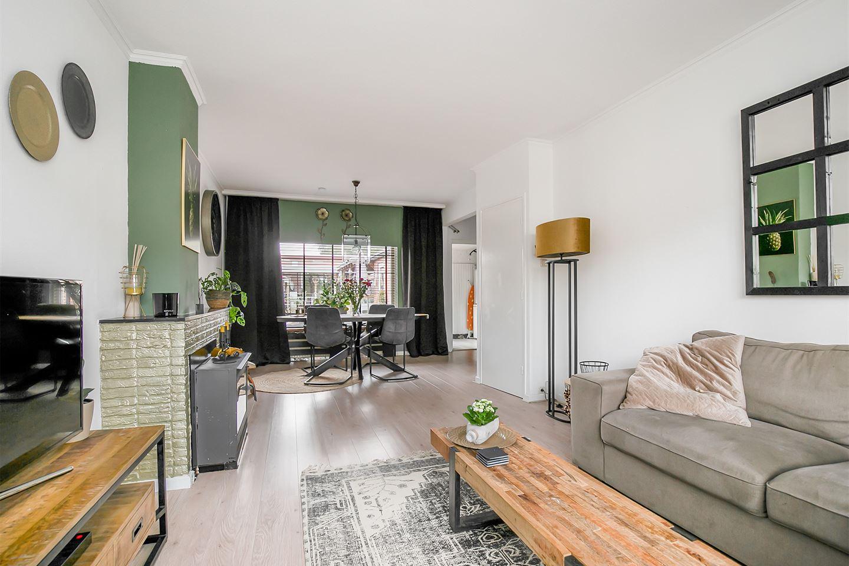 Bekijk foto 2 van Jacob Roggeveenstraat 29