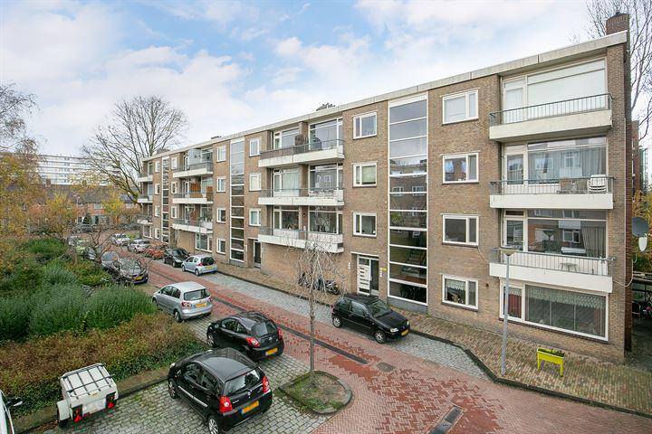 Lievenshof 13
