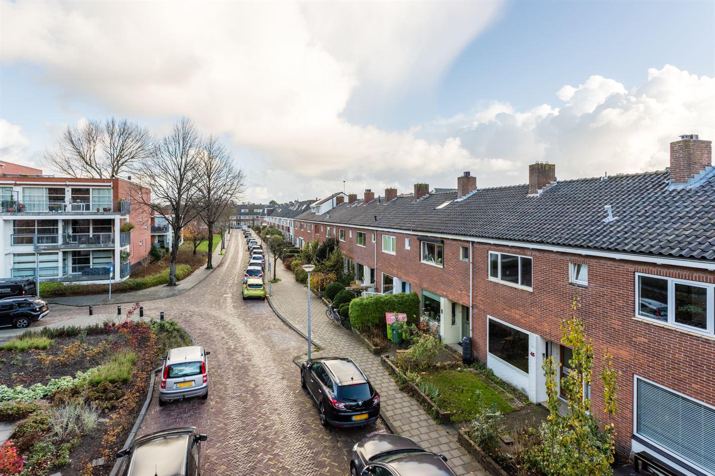 Bekijk foto 5 van Van der Helststraat 45