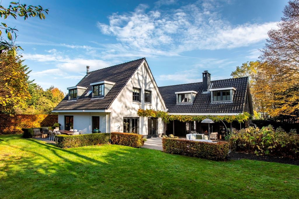 Bekijk foto 1 van Breeweg 16
