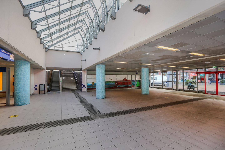 Bekijk foto 4 van Stationsplein 18
