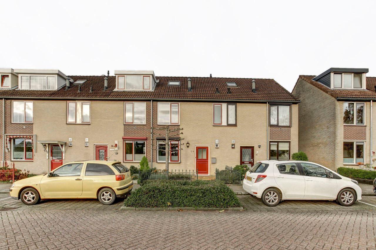 Bekijk foto 1 van Lindenstraat 34