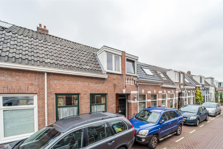 Bekijk foto 2 van Nieuwendammerdijk 153