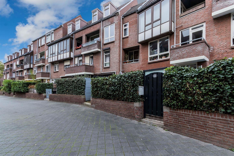 Bekijk foto 1 van Coxstraat 10