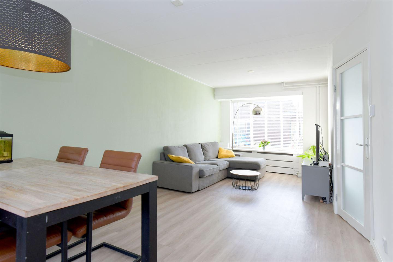 Bekijk foto 2 van Vermeerstraat 26