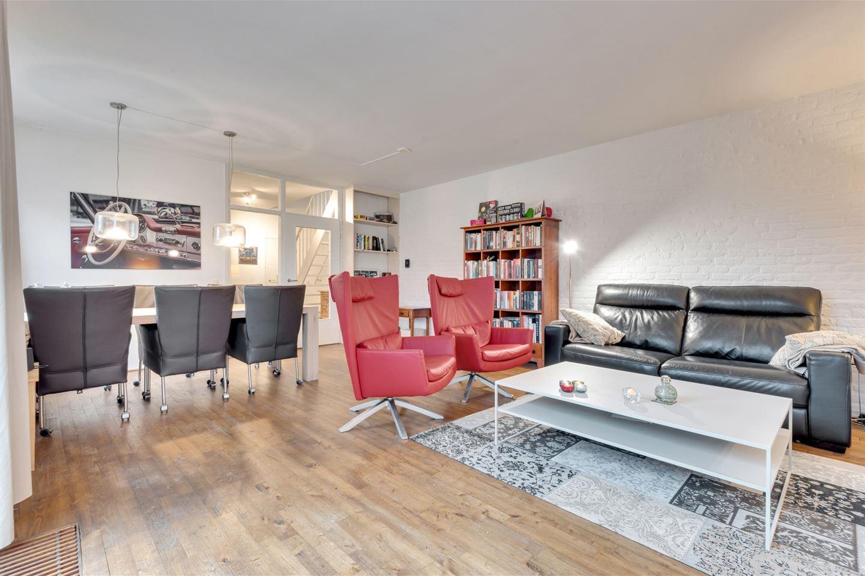 Bekijk foto 2 van Slot Loevesteinstraat 67