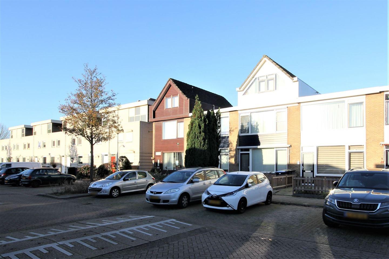 Bekijk foto 2 van Zonnebloemstraat 37