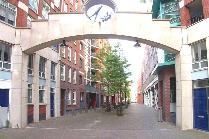 Muzenstraat 102